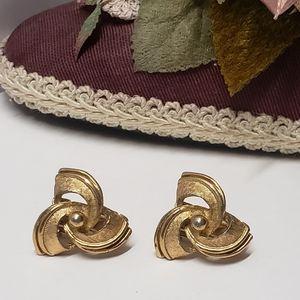 Vintage Hedy Signed Earrings, Clip on Earrings